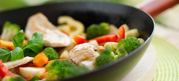 legumes-salteados-com-frango